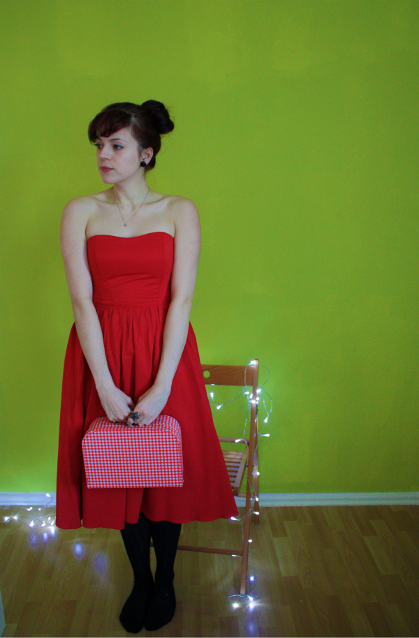 rotes abendkleid © www.einfach-machen.blog