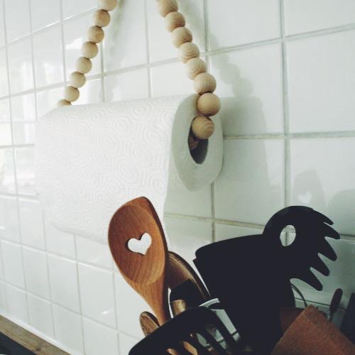 Holzkugel Aufhängung Kuechenrolle