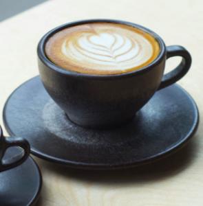 lassen aus Kaffeesatz Kaffee form